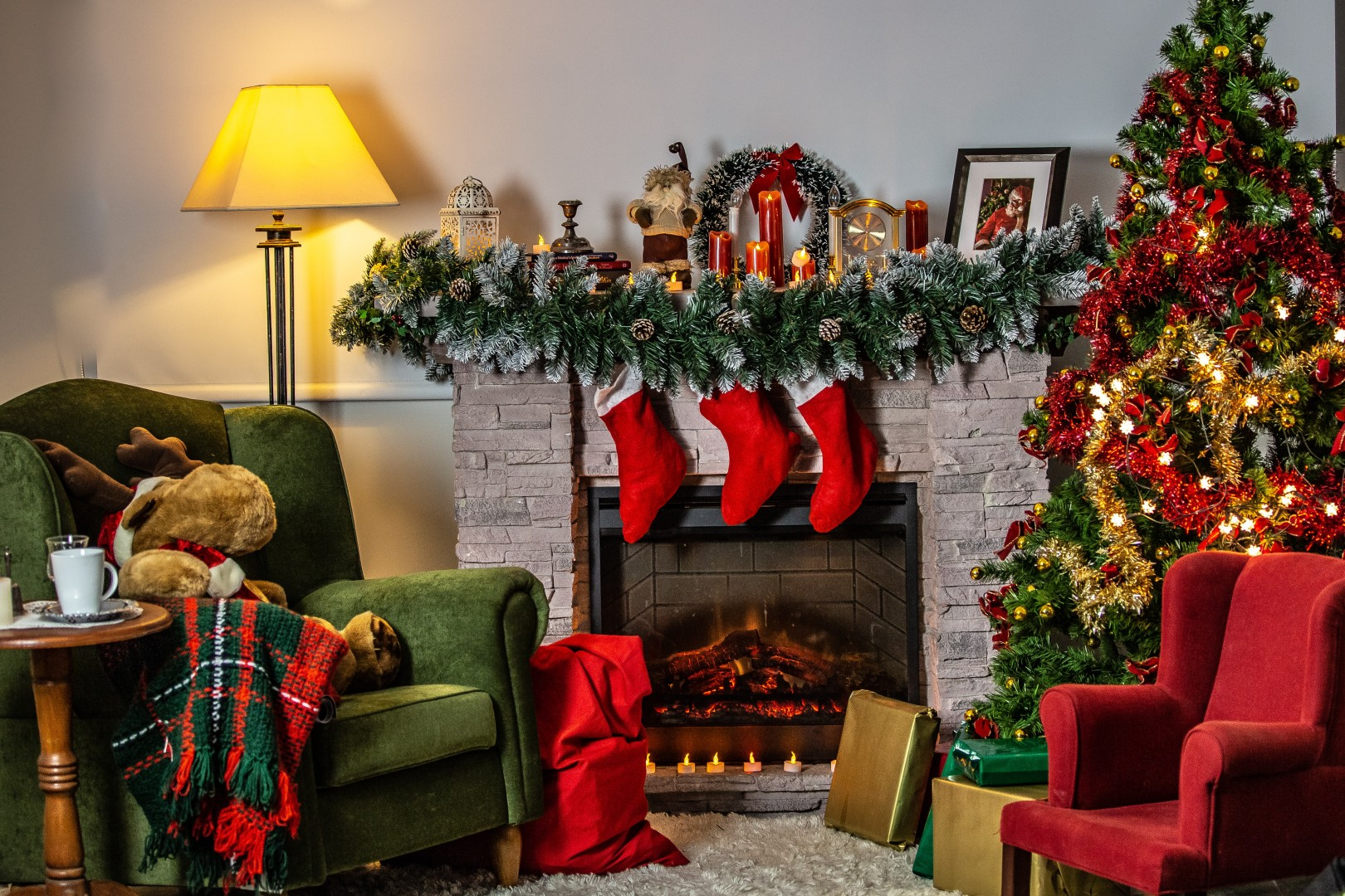 Home Safety Tips | Holiday Decoration | Billyard Insurance Group